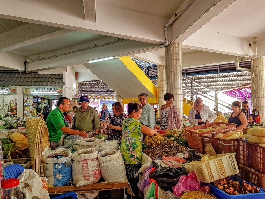 Market shopping for our lunch in Serian