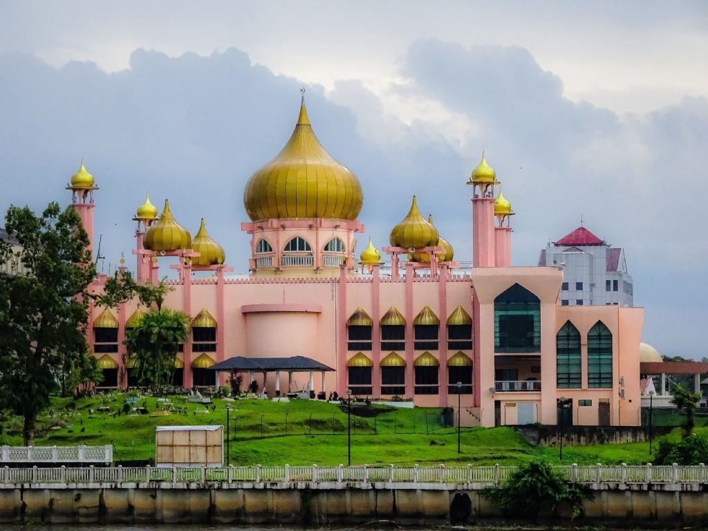 Mosque, afternoon river cruise