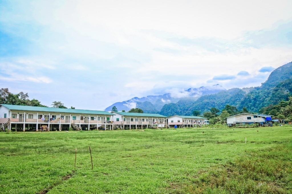 Penan Settlement, Mulu National Park